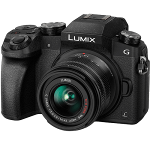 front view of the Panasonic G7