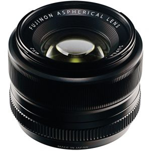 Sideview of the 35mm f/1.4 Fujinon